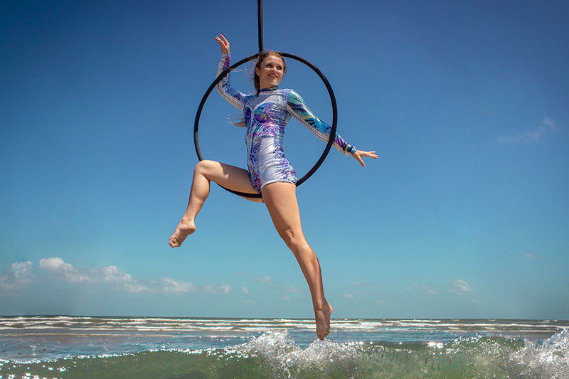 Lyra - Classes - aerial hoop and aerial ring professionals